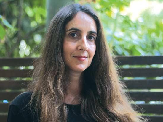 """מתי ליבליך, ערכה את הספר """"מיינדפולנס: להיות כאן ועכשיו - תרגול, הגות ויישומים"""" / צילום: אלבום פרט"""